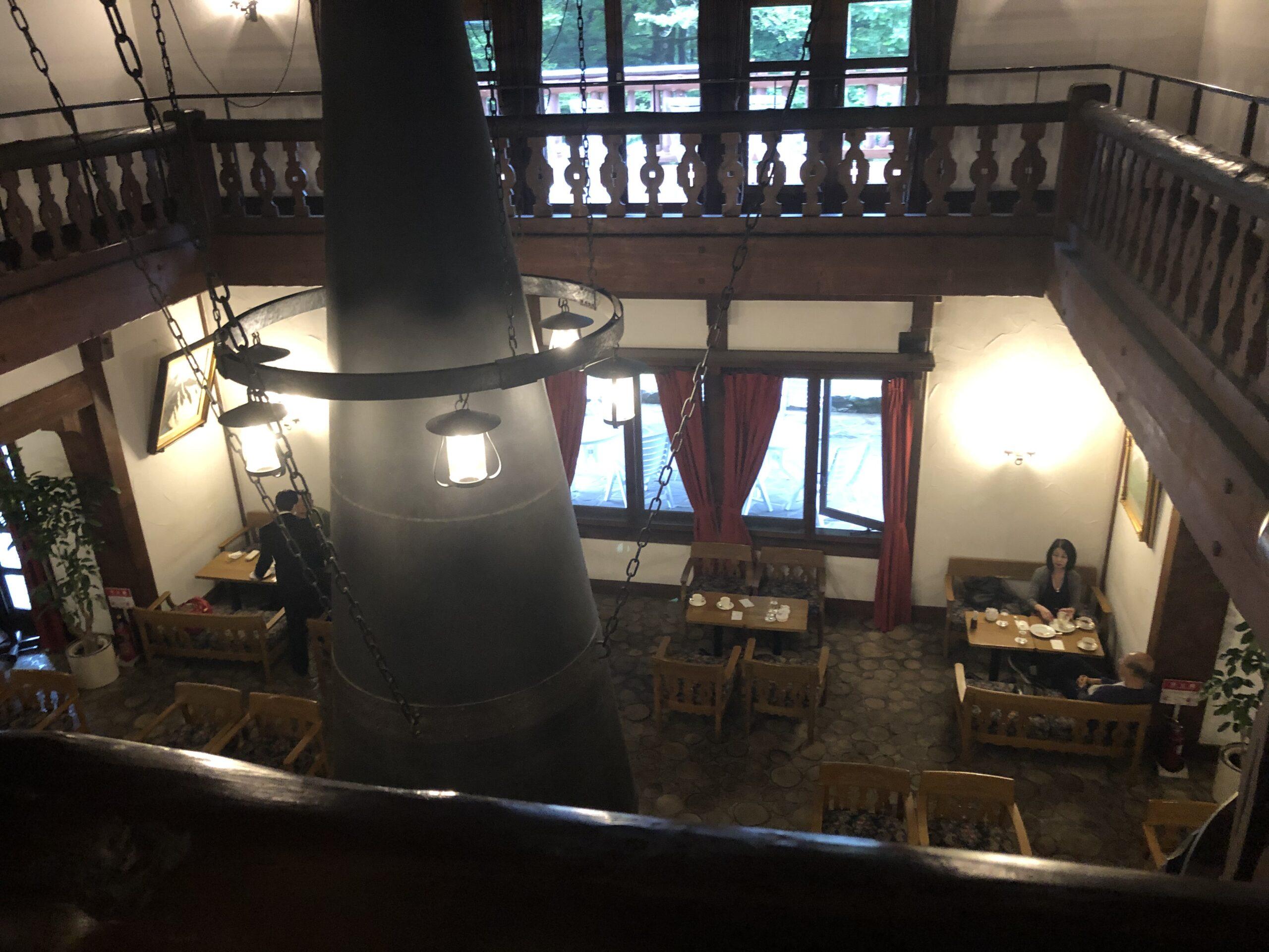 上高地帝国ホテルの2階から撮影したマントルピース