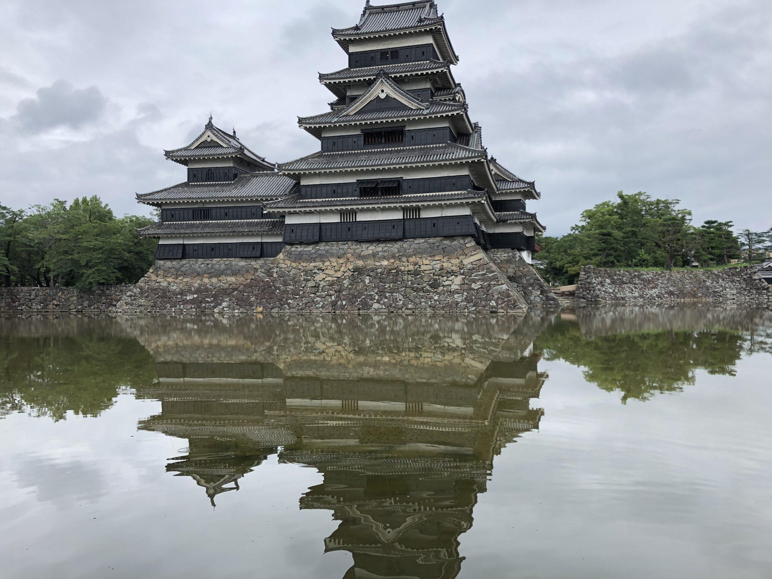 松本城の外観