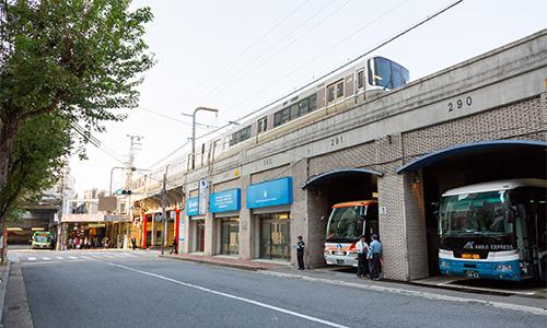 神姫バス:JR三宮駅の北東