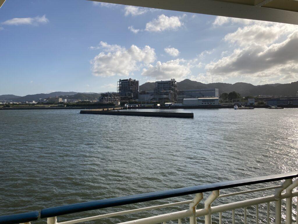ダイヤモンド壱岐から見た唐津東港