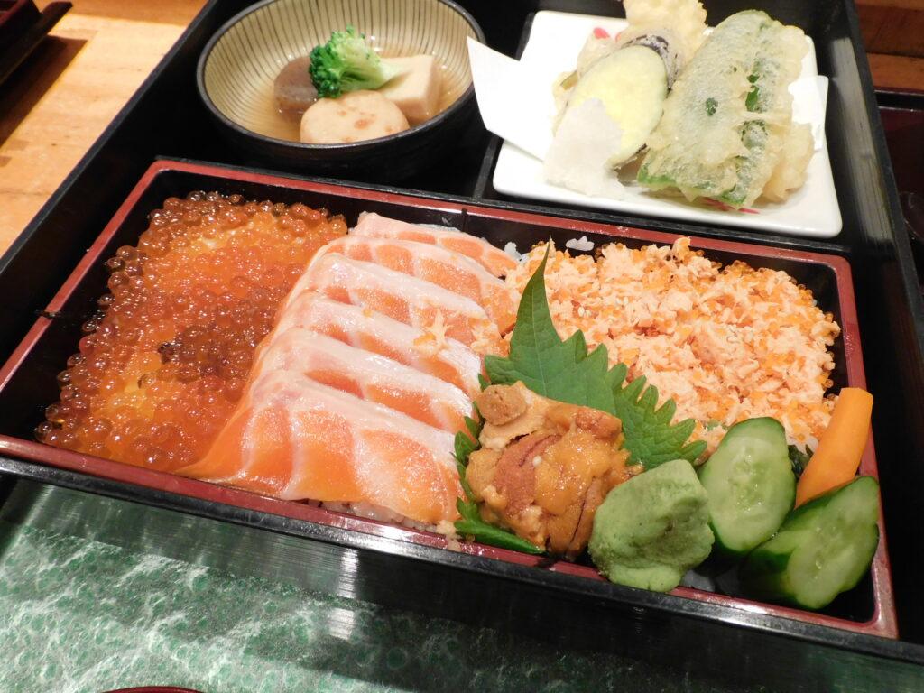「塚本鮮魚店」 の定食(北の国から)