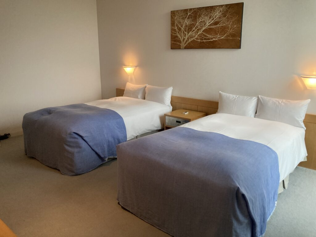 瀬戸内リトリート青凪のガーデンスイートルームのベッドルーム