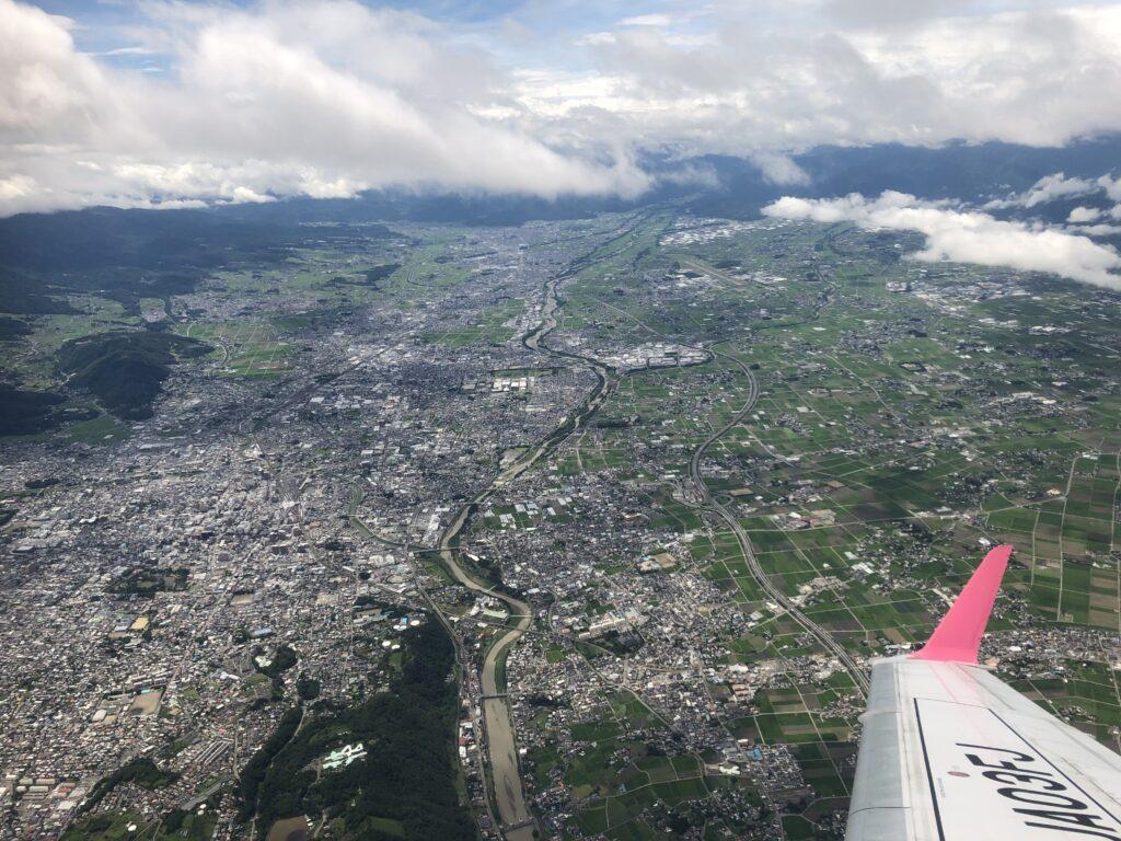 飛行機から撮影した松本上空